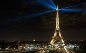 #COP21 - Human Energy à la Tour Eiffel à Paris - #climatechang