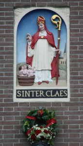 Sinter-claes-saint-nicolas-dam800
