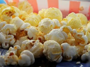 buttery movie popcorn