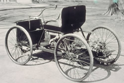 Ford_quadricycle_crop